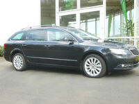 Skoda Superb Combi Exclusive Navi