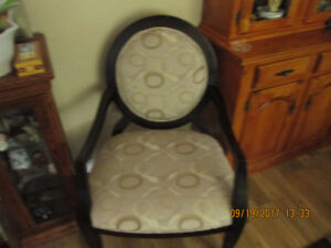 ACCENT CHAIR REDUCED TO 80.00