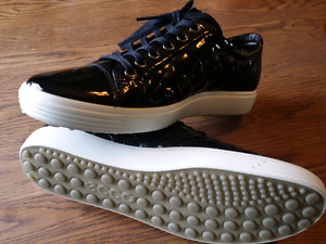 Ecco kicks - NEW