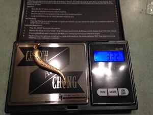 10kt gold pendant