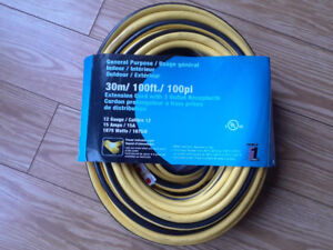 100 ft brand new extension cord