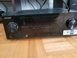 Pioneer 5.1 surround sound A/V receiver