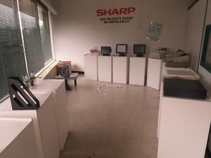 Espace Commercial a louer/ Commercial space for rent