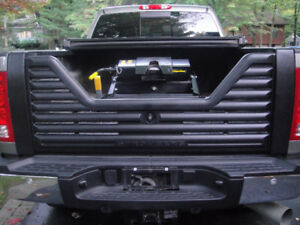 Tailgate , louvered