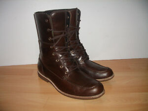 """"" UGG """" boots ----- near NEW ------ size 13 US"