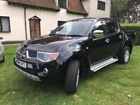 Mitsubishi L200 2.5DI-D 4WD Double Cab Pickup Animal