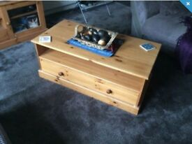 Pine coffee table and tv table