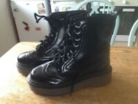 Womens black patent boots - size 7 - FREE TO COLLECT