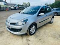 Silver Renault clio cheap runner ideal first car