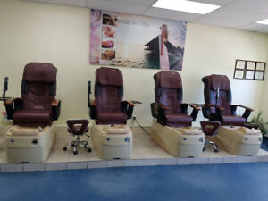 SELLING SALON/SPA FURNITURE