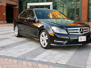 2012 Mercedes-Benz C 300 **SUPER CLEAN**ONE OWNER**WOW**