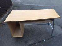 IKEA MODERN DESK ** FREE DELIVERY AVAILABLE **