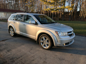 2009 Dodge Journey SXT, Certified. With snow tires.