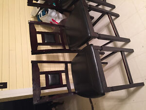 4 chairs an table set.$300