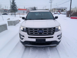 2016 Ford Explorer XLT 3.5L 30,400km