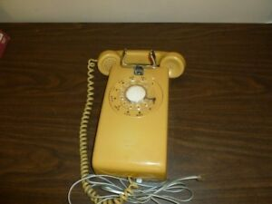 Vintage Wall Mount Rotary Home Phone NT Working