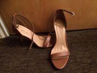 Ladies size 5 heels for sale £10 each.