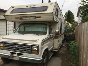 Ford Travelaire / Trade for larger motor home