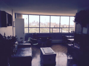 Inspiring Furnished 1Bdrm Apartment Sublet in Heart of Parkdale