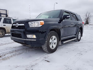 PRICE REDUCED - 2013 Toyota 4 Runner Limited 7-Passenger