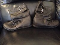 Ladies rocket dog ankle boots black leather brand new flat size 7