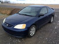2002 Honda civic DXG  AUTO-AIR-VITRES-146000km.    2995$