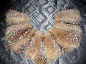 collet de fourrure de renard roux