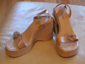 Ladie's shoes, sandals, like new, sz 10, skates, boots, runners