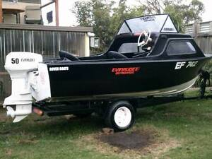 15FT HALF CABIN ROVER FISHING BOAT 50HP EVINRUDE Coronet Bay Bass Coast Preview