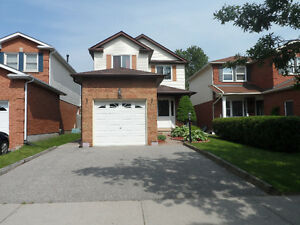 FABULOUS COURTICE 3 BEDROOM HOME FOR LEASE