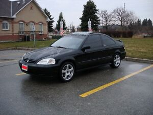 2000 HONDA CIVIC SI COUPE (CLEAN AND WELL MAINTAINED)