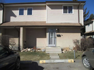 Reduced! Town home  214,900