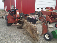 2002 Ditch Witch 5700 Trencher