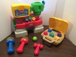 Lot de jouets pour bébé