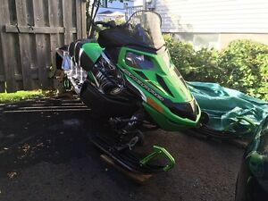 Arctic cat f1100 2011