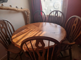 Wood round dinner table