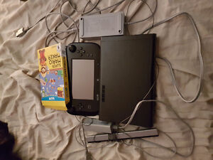 Selling Black WiiU Good Condition All Cables Included