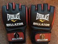 MMA BELLATOR - EVERLAST GLOVES - GENUINE - RARE