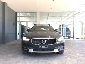 2018 V90 Cross Country - Fully Loaded, Like New