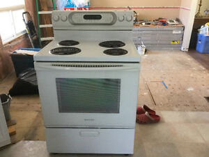 REDUCED!!!!!! - Kitchenaid convection/self clean stove
