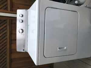MAYTAG DRYER - 2 YEARS OLD LIGHTLY USED