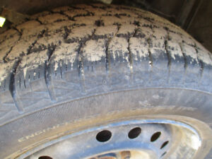 4 TIRES HIVER  195/60/15