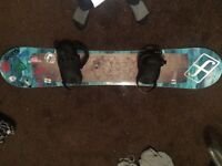 Forum snowboard with bindings