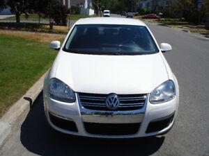2010 Volkswagen Jetta 2.5  (auto a/c 93000km)