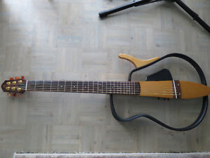 Yamaha Silent Guitar - NS100S - with gig bag, its a beauty