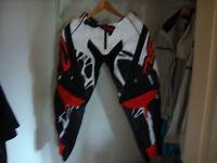 Pantalon de motocross Ado-Adulte !