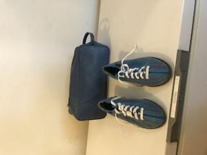 Women's bowling shoes