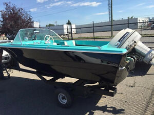 Beautiful Hourston Glascraft 15 ft Boat with Johnson Motor