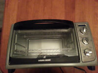 For Sale: Black & Decker Convection Countertop Oven
