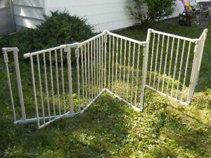 Bily Metal Superyard Baby Gate